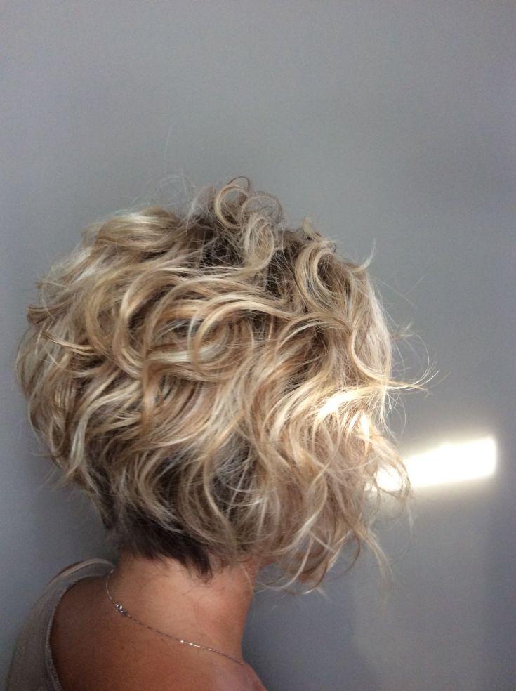 (+135 фото) Боб каре на кудрявые волосы
