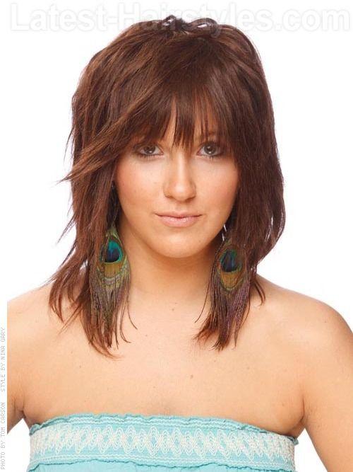 Женская стрижка дебют на волосы средней длины