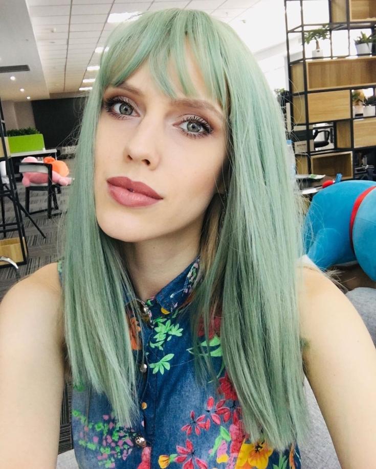 Пепельно зеленый цвет волос