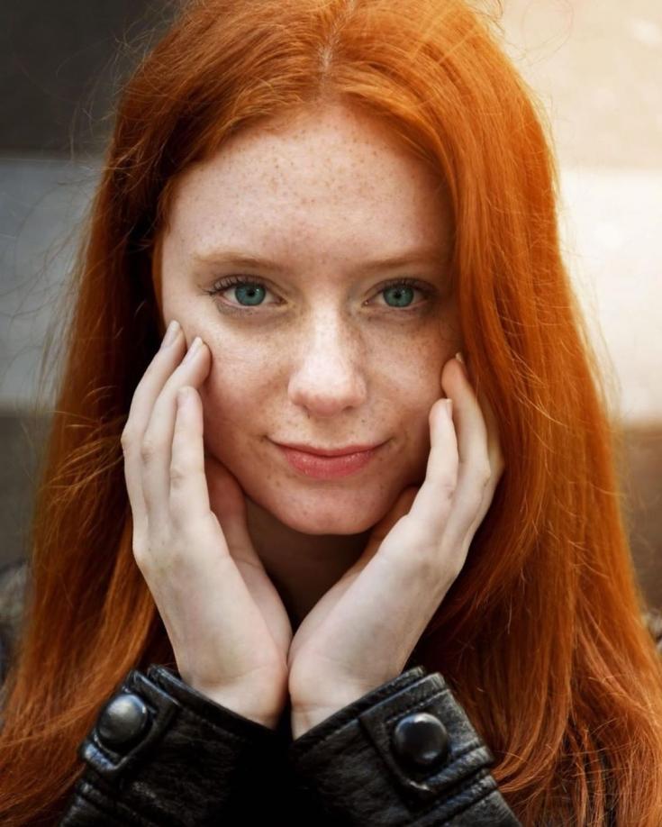 Кому идет рыжий цвет волос ?