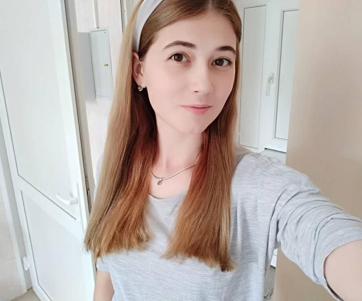 Карамельный цвет волос для светлой кожи