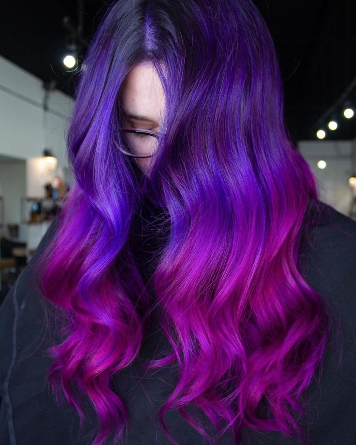 Розово-синий цвет волос