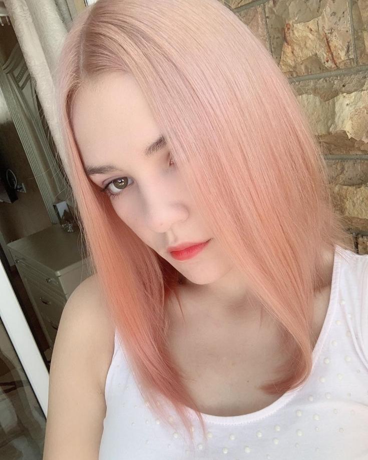 Светлый цвет волос для карих глаз
