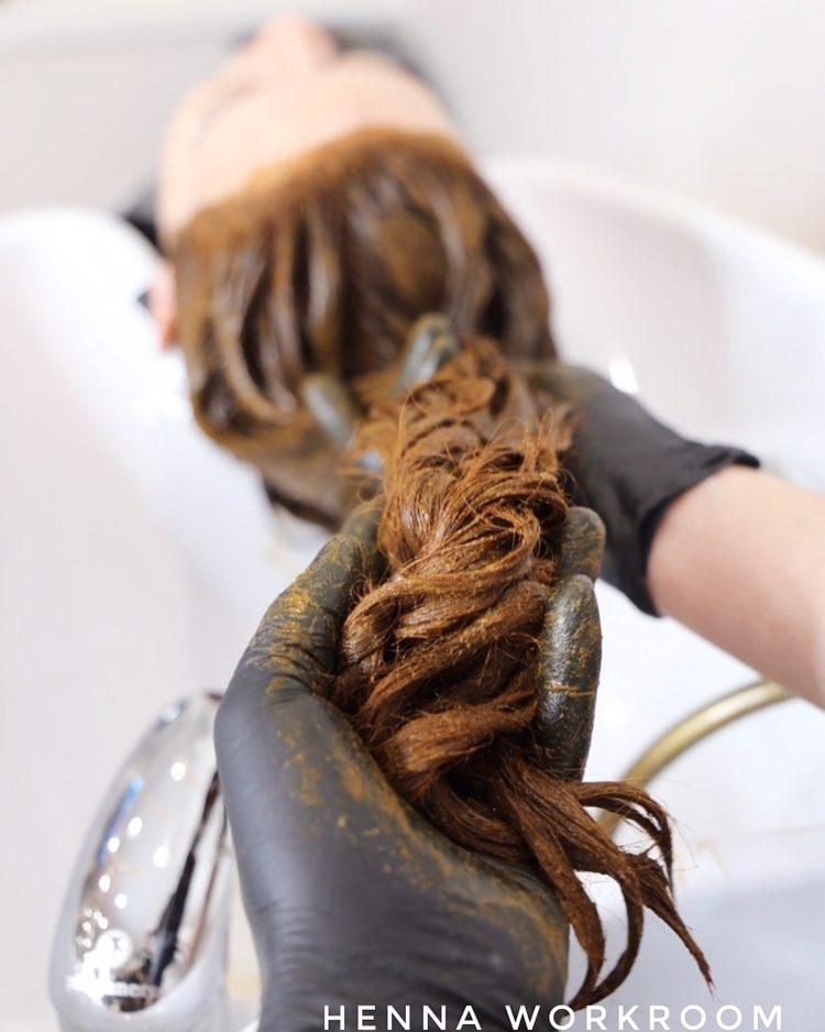 Какую хну выбрать и как правильно покрасить ею волосы