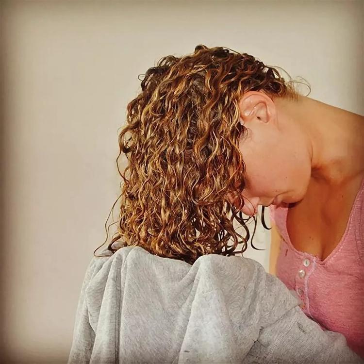 Мокрая химия на средние, короткие, длинные волосы