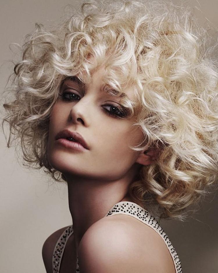 Химическая завивка на средние волосы