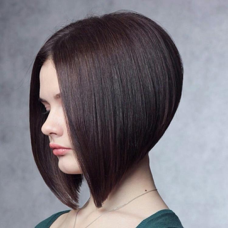 Стрижка для коротких волос без челки