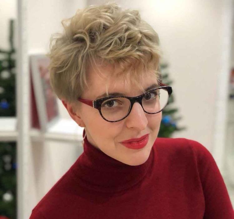 Короткие прически для женщин 40 лет
