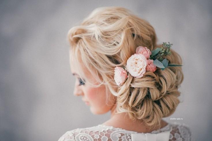 Элегантные прически (на свадьбу и выпускной)