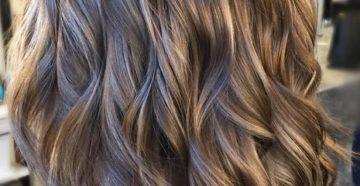 прическа балояж на средние темные волосы