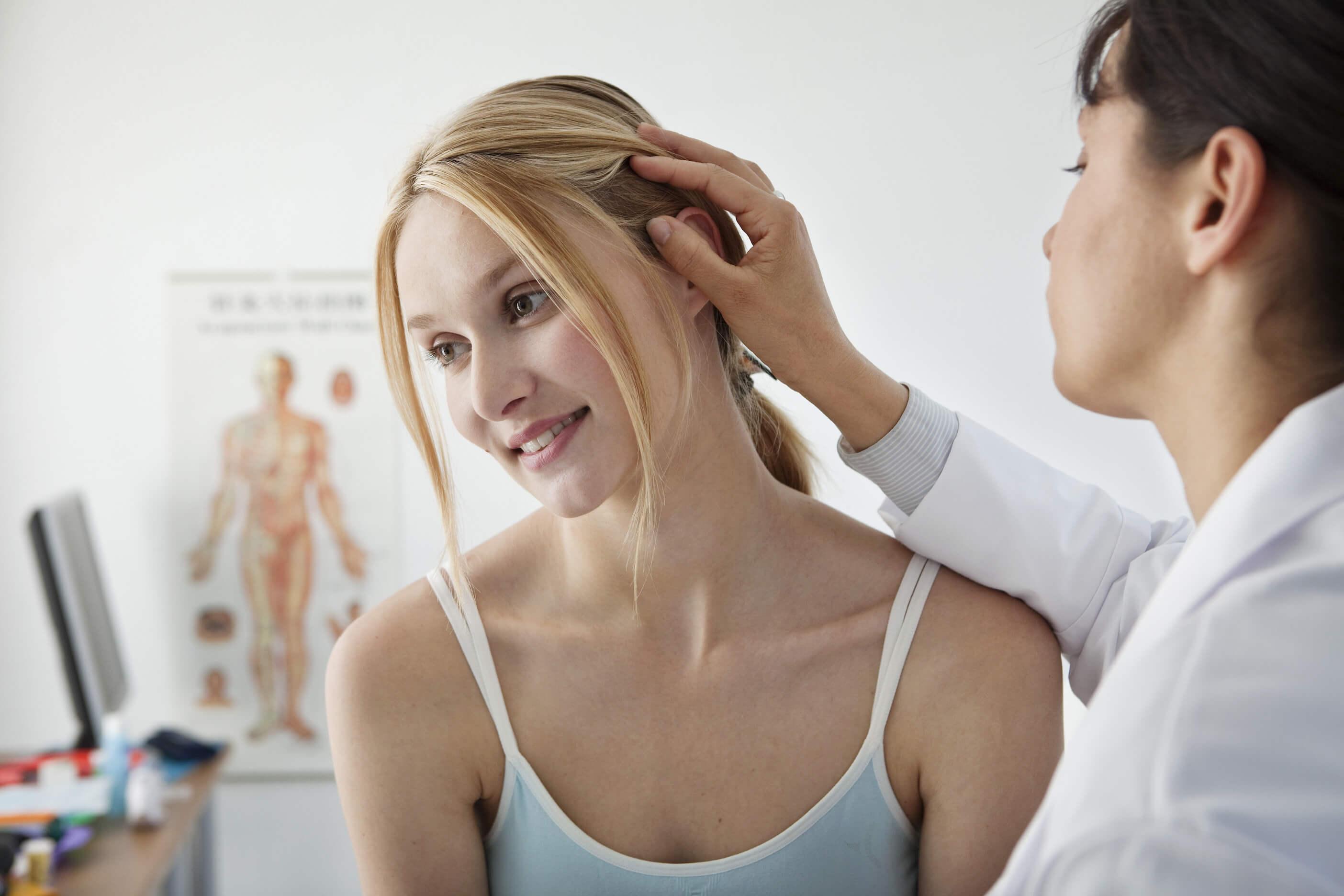 Основные причины выпадения волос у женщин после 30