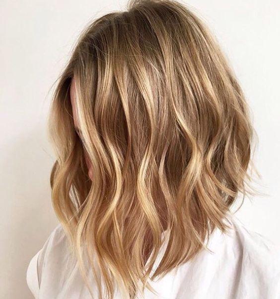 Шатуш на волосы средней длины фото