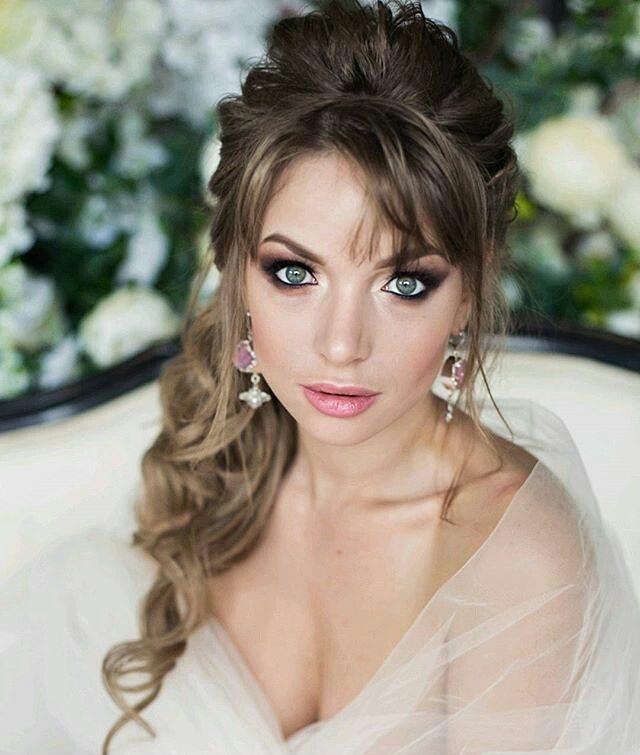 свадебные прически с челкой на длинные волосы